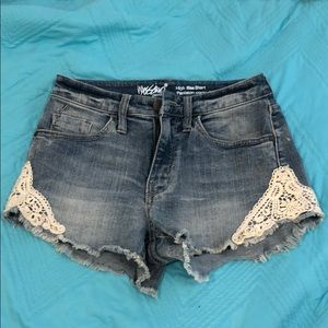 Mossimo high waisted denim shorts w lace
